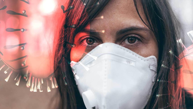 Шелушение кожи, распухание языка и отеки конечностей: названы новые симптомы коронавируса