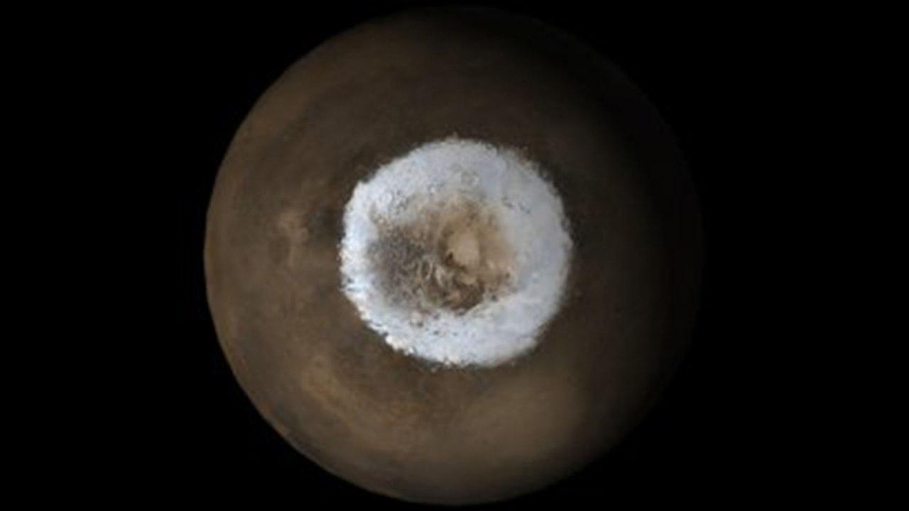 NASA опубликовало уникальное фото «заснеженного» Марса