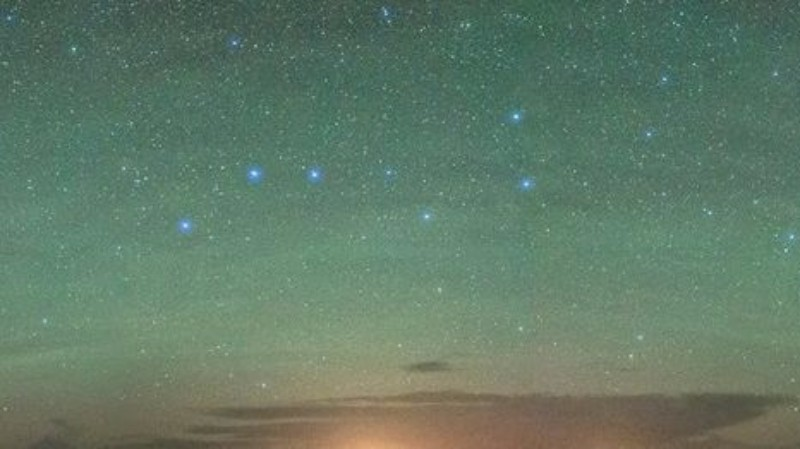 Это было не северное сияние: в Шотландии внезапно позеленело небо