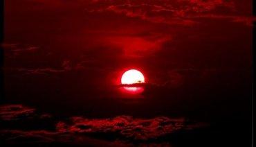 В Америке и Азии увидят «кровавую Луну»
