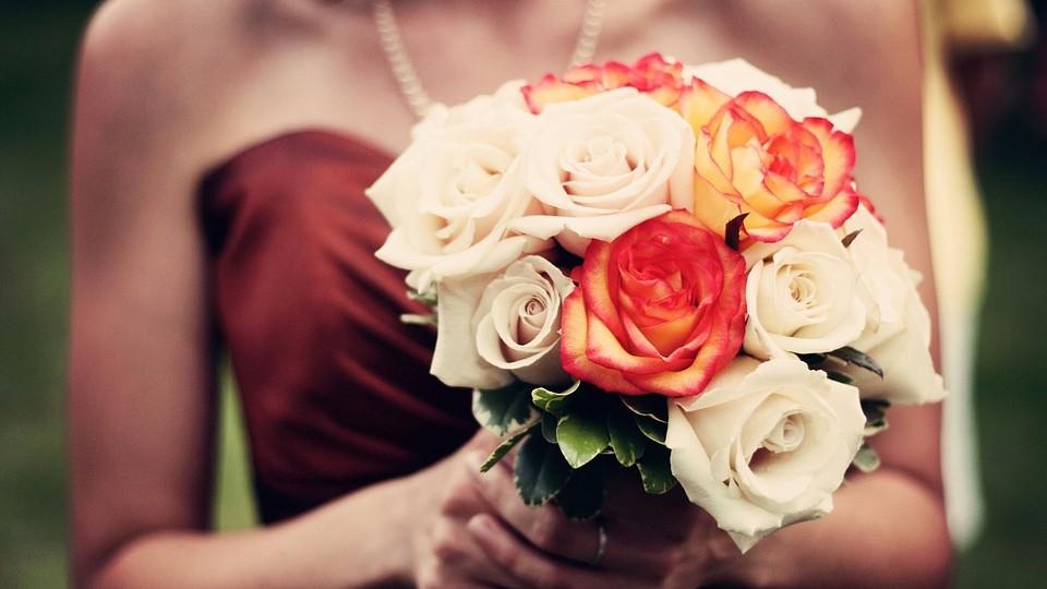 Заказать цветы с доставкой – лучший способ признаться в своих чувствах
