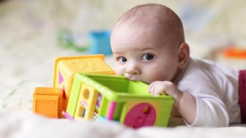 Как выбрать качественные игрушки в магазине детских товаров