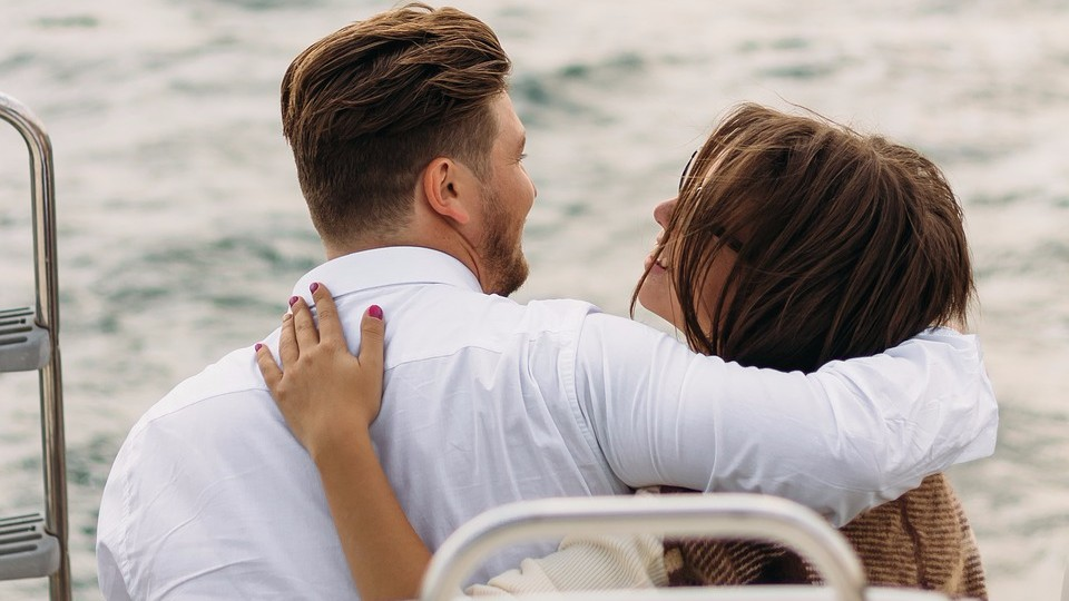 Как безопасно встречаться с женатым мужчиной