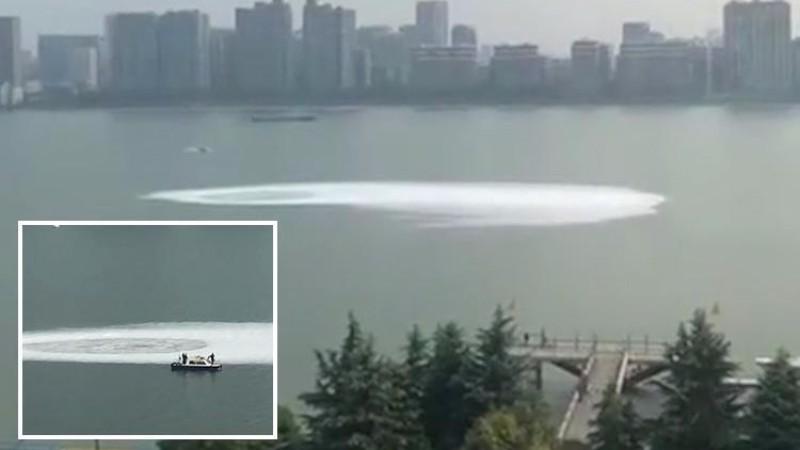 В Китайской реке Цяньтан появился загадочный водоворот