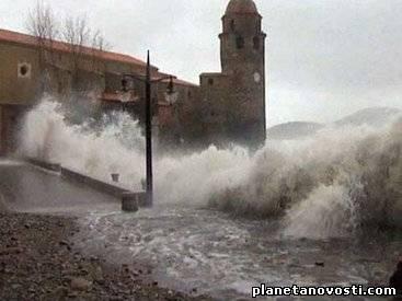 Наводнения во Франции: проходит эвакуация