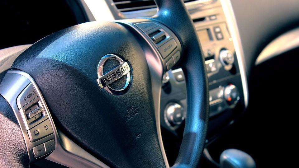 Как найти автозапчасти и поменять у авто замок в Воронеже или другом городе
