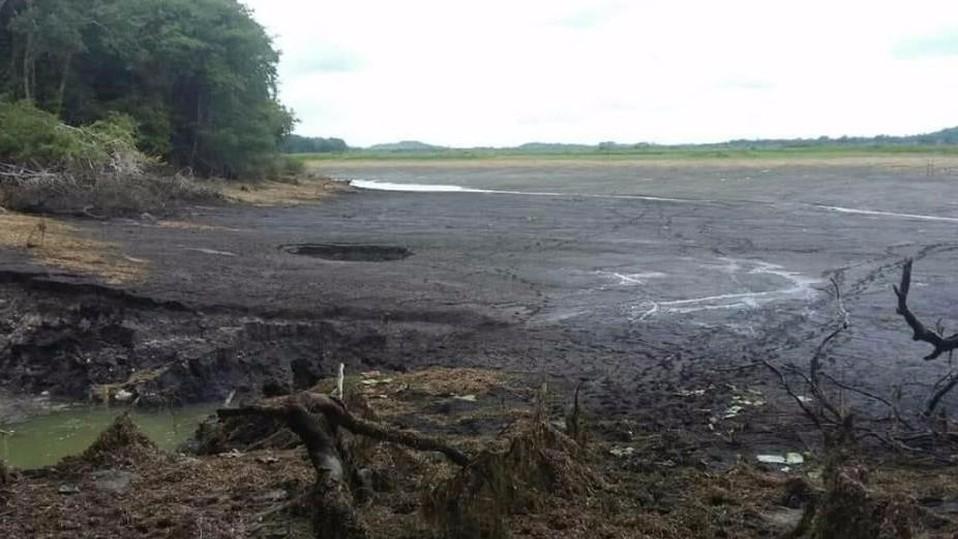 В Мексике за сутки исчезло 50 гектаров водоема