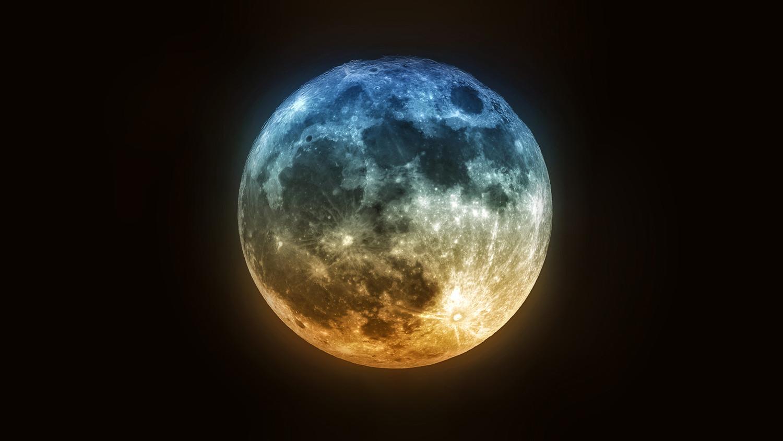 Ученые рассказали, какого на самом деле цвета Луна