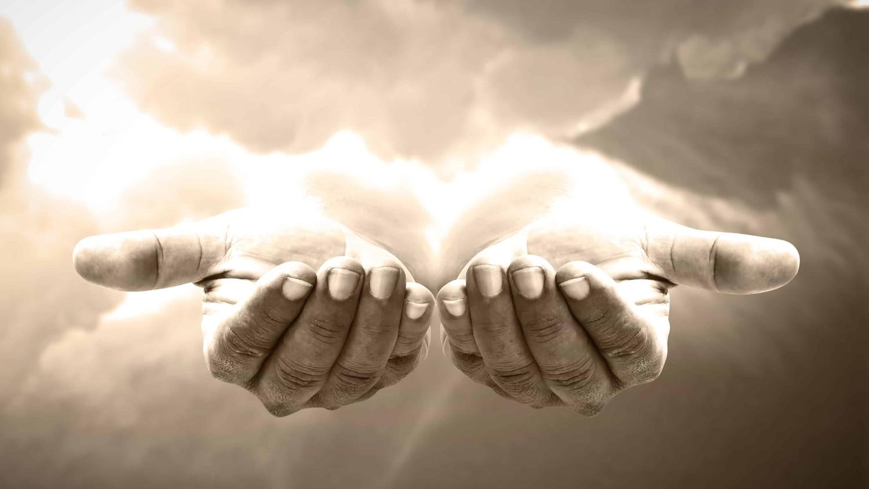 Жизнь после смерти: мужчина рассказал о встрече с «архангелом в маске»
