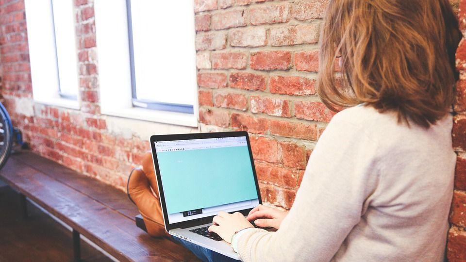 Почему онлайн-обучение английскому набирает популярность