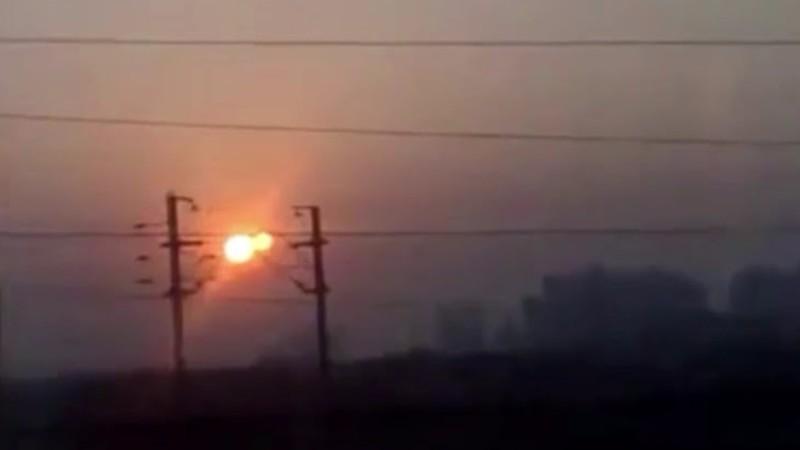 Житель Индии заметил возле Солнца огромный объект