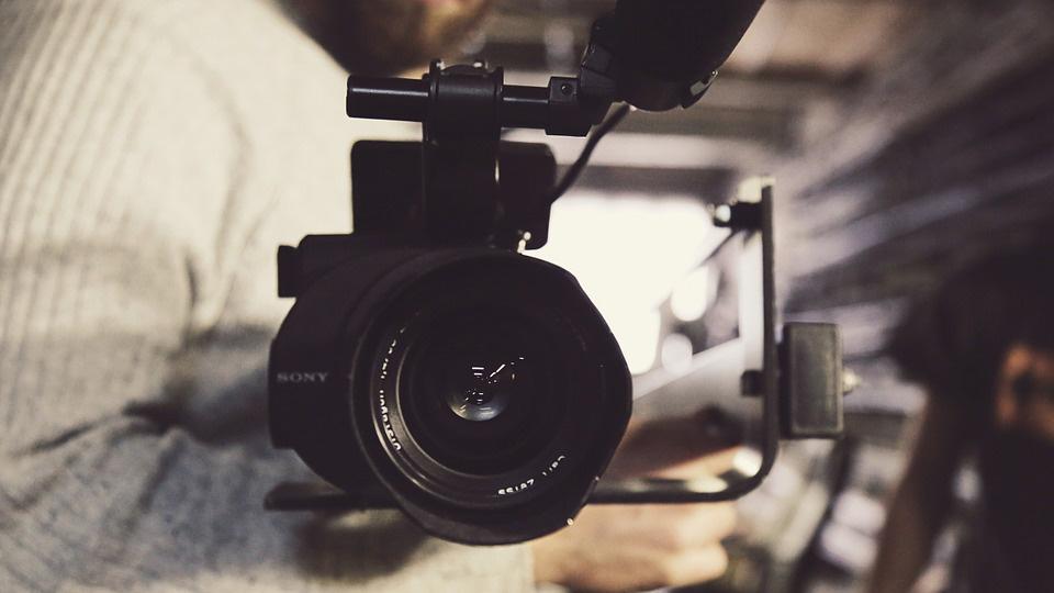 Размещение видеороликов на сайте для успешного развития компании, увеличения лояльности клиентов и роста продаж.