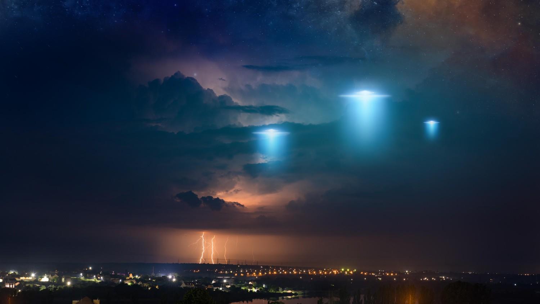 Спецслужбы США через 180 дней должны представить отчет об НЛО
