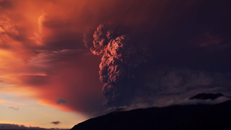 В Гватемале началось извержение самого активного вулкана Фуэго