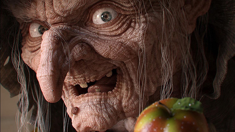 Женщина получила три пожизненных срока за то, что пугала внучку в образе ведьмы