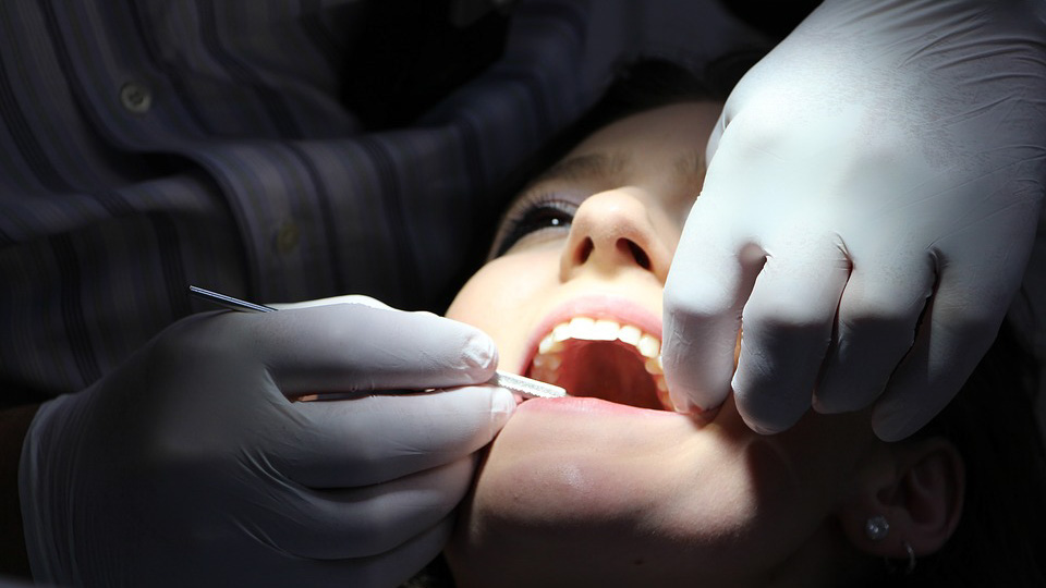 Потеря зуба: что делать?