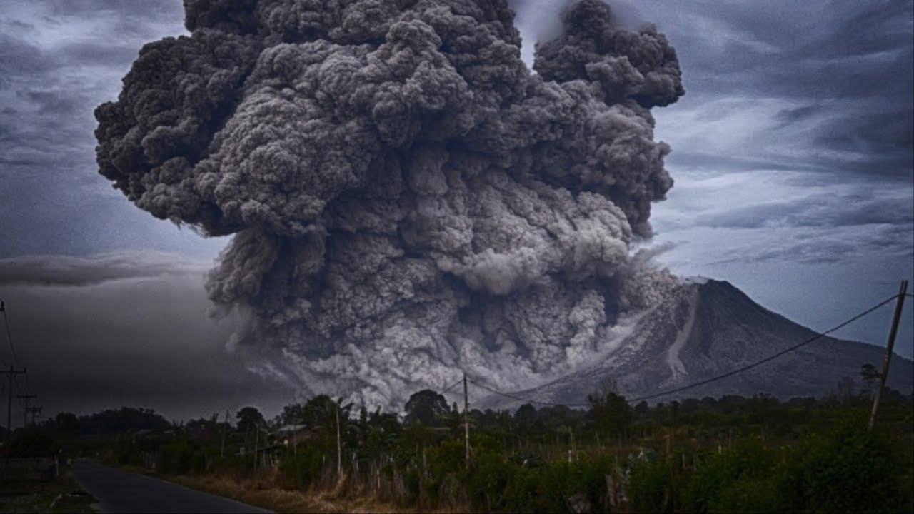 На данный момент по всему миру извергаются 20 вулканов: многие из них находятся в Огненном кольце