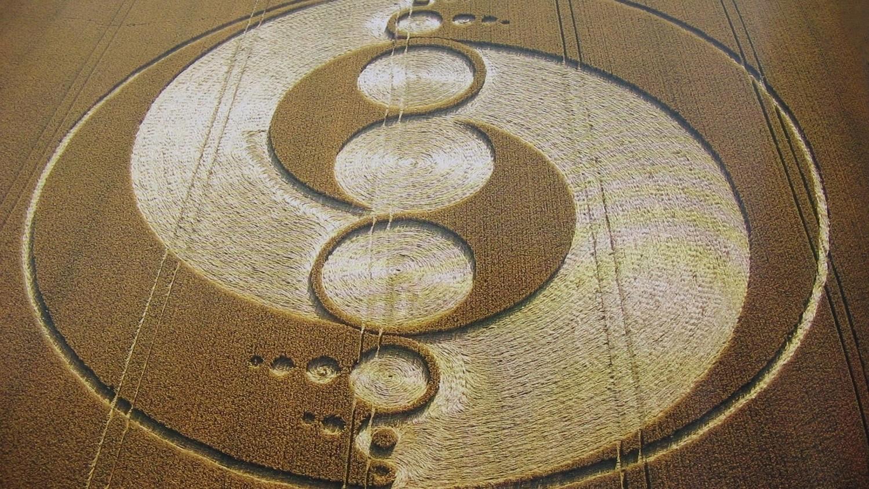 Роланд Беджон: круги на полях можно создавать силой мысли