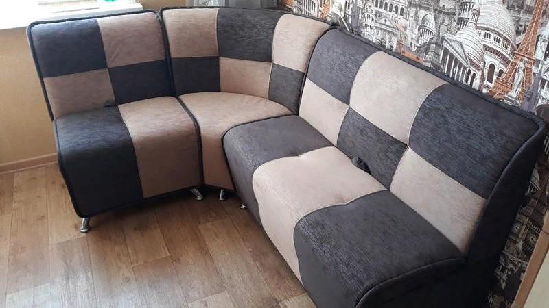 Как вернуть былой вид старой и изношенной мягкой мебели?