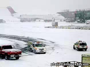 В США из-за морозов отменили 5 тыс. авиарейсов