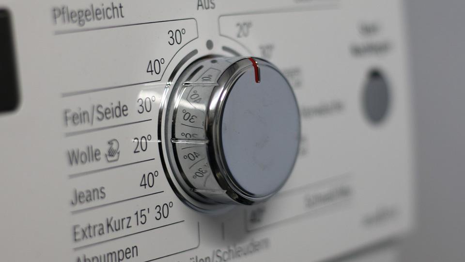 """Качественный ремонт стиральных машин и холодильников от компании """"Мастербыт"""""""