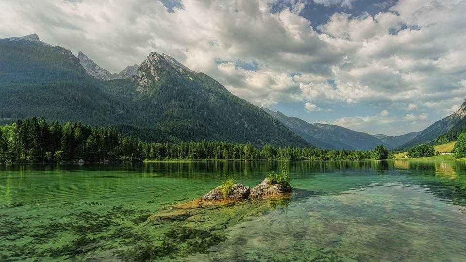 Особенности отдыха на Телецком озере