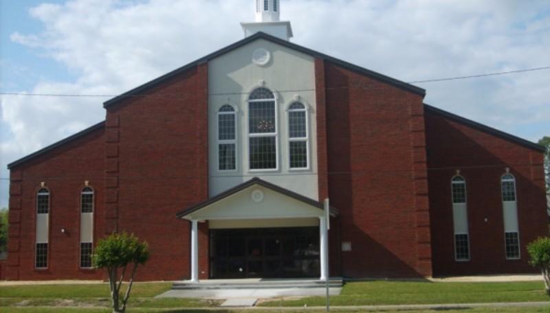 В США свингер-клуб расположился прямо в церкви