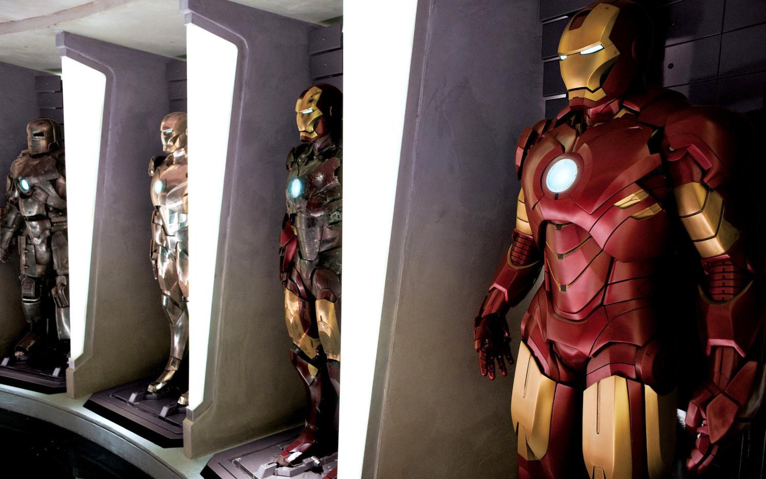 Британец смастерил летающий костюм Железного человека