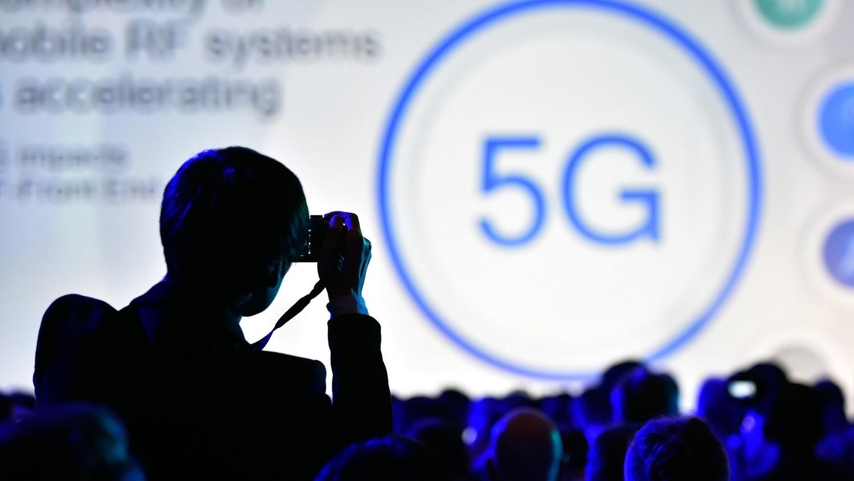 Зачем глобалисты переводят мир на 5G?