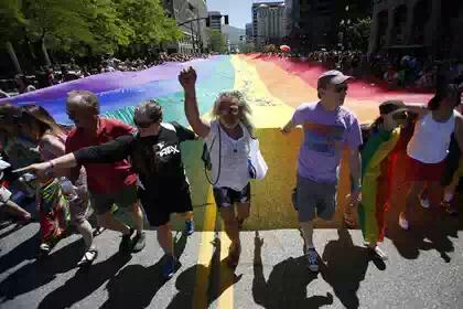 Полицейского в Солт-Лейк-Сити отправили в отпуск за отказ работать на гей-параде