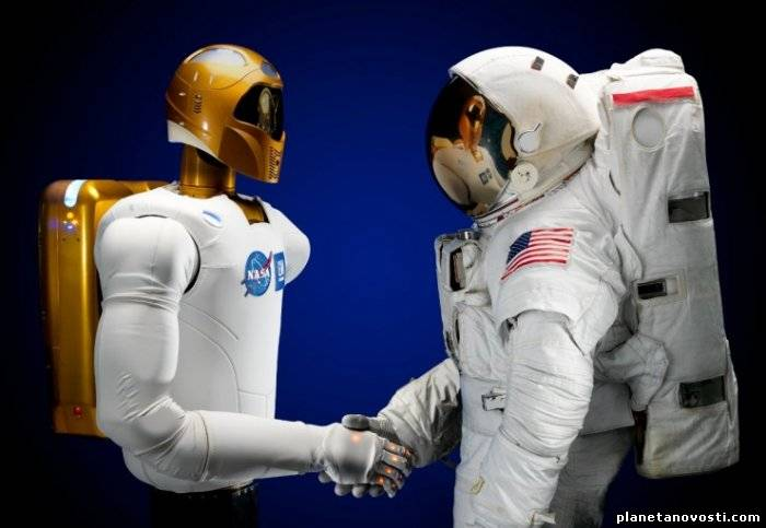 Robonaut от NASA обучается врачебному ремеслу
