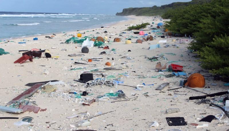Самый грязный пляж в мире