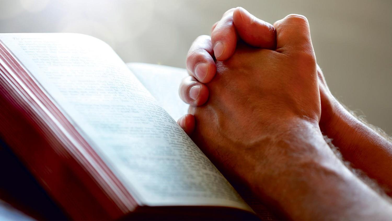 Ученый отследил физическое воздействие молитв на тело человека