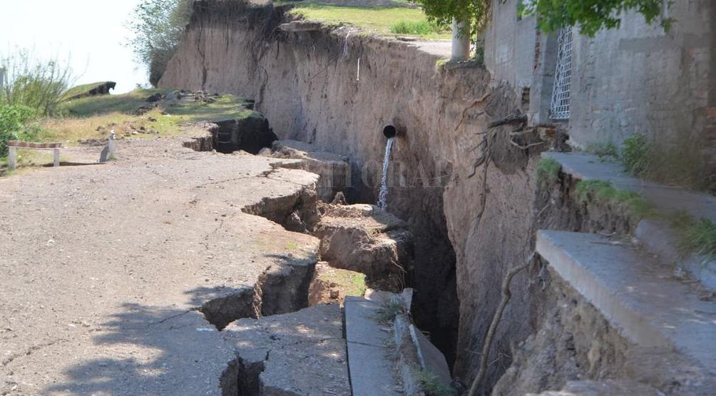 В Аргентине образовалась огромная трещина