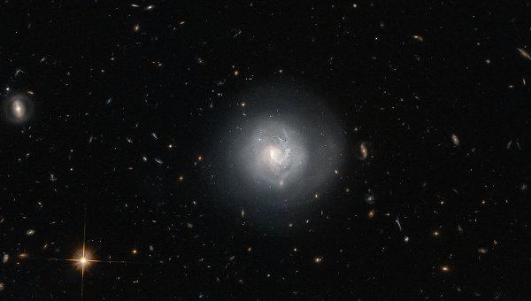 Телескоп «Хаббл» сделал качественные снимки галактики МРК 820