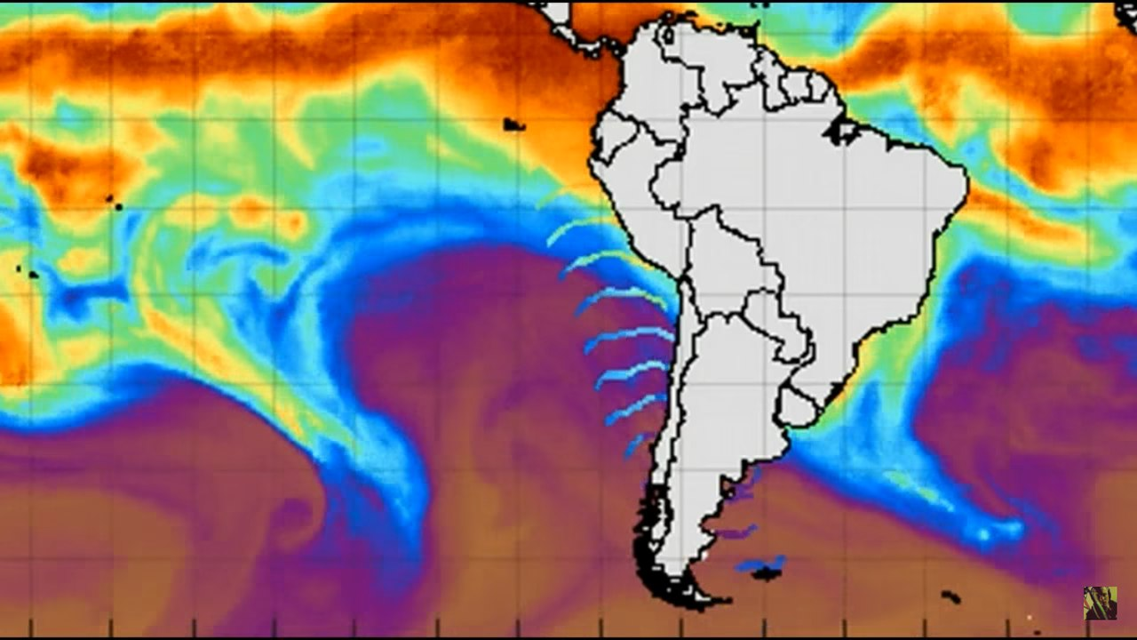 В Антарктиде уже третий раз зафиксирована огромная волновая аномалия