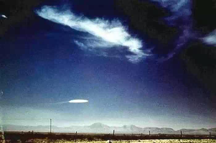 Космонавт рассказал о земной природе НЛО