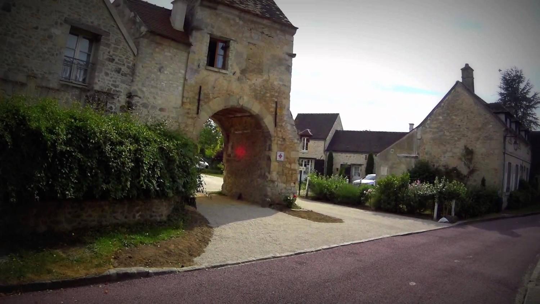 Английская деревня каждый год поднимается на два сантиметра