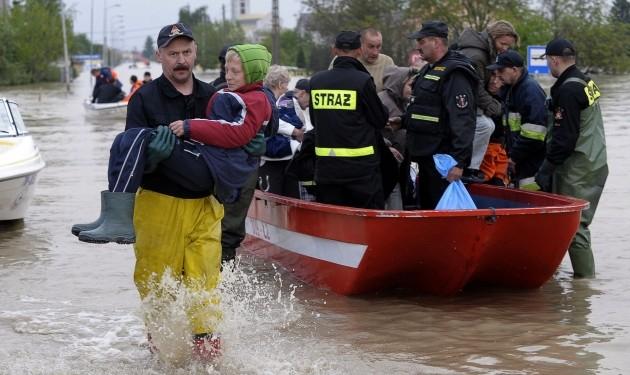 Сильные ливни вызвали наводнения в Польше