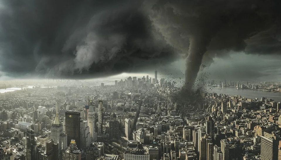 В этом году на США могут обрушиться сотни торнадо: метеорологи встревожены