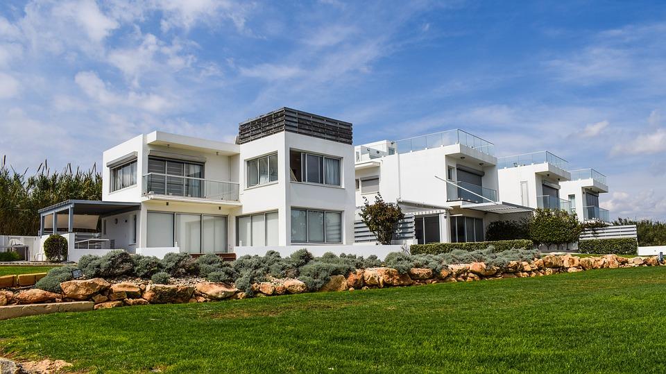 ВНЖ на Кипре через покупку недвижимости: нюансы процедуры