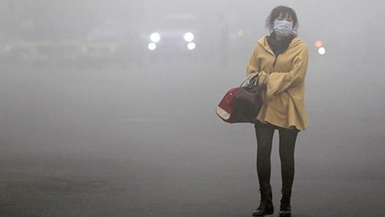 В Пекине решили бороться со смогом с помощью уличных вентиляторов