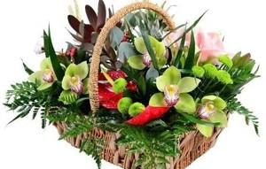 Почему востребована услуга доставки цветов