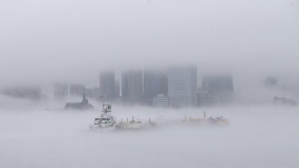 В небе над Китаем появился призрачный город