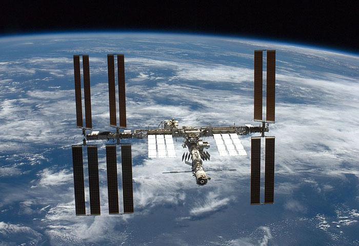 Датчик на МКС обнаружил нечто неизвестное