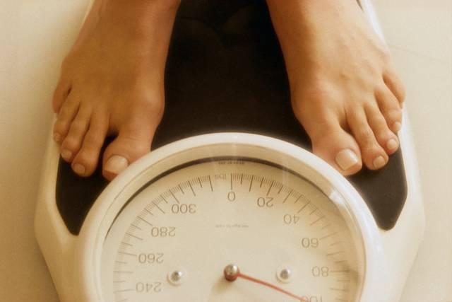 Женщины набирают вес от замужества, мужчины – от карьеры