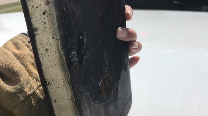 В пикапе, сгоревшем дотла, каким-то образом уцелела Библия