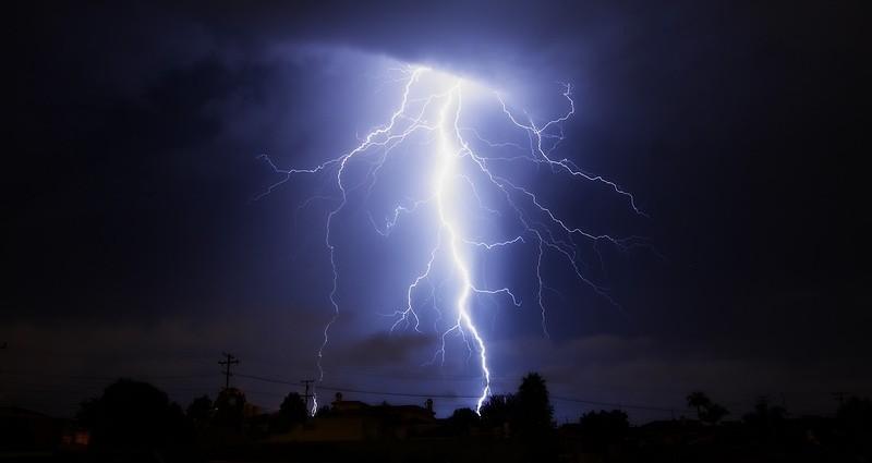 В Бразилии от удара молнии пострадало 30 военнослужащих