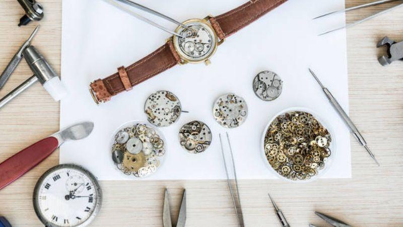 Как проходит обслуживание швейцарских часов