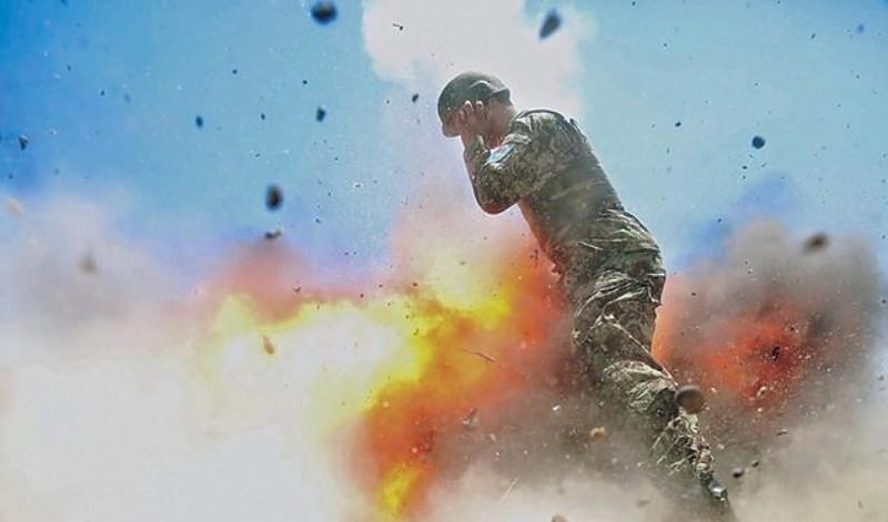Военная журналистка сделала фото взрыва, который погубил ее